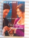 12998 - Julia Justiss - Tyglad Passion