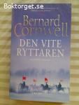 13050 - Bernard Cornwell - Den Vite Ryttaren