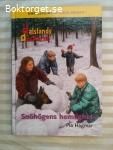 13069 - Pia Hagmar - Snöhögens Hemlighet - (Dalslandsdeckarna)