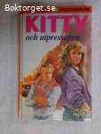 8982 - Carolyn Keene - Kitty Och Utpressaren